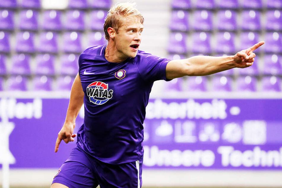 Lief in jedem der 34 Punktspiele auf und war das Herz des FC Erzgebirge: Jan Hochscheidt. Der 31-Jährige erzielte acht Tore und gab fünf Vorlagen. Unersetzbar bei den Veilchen.