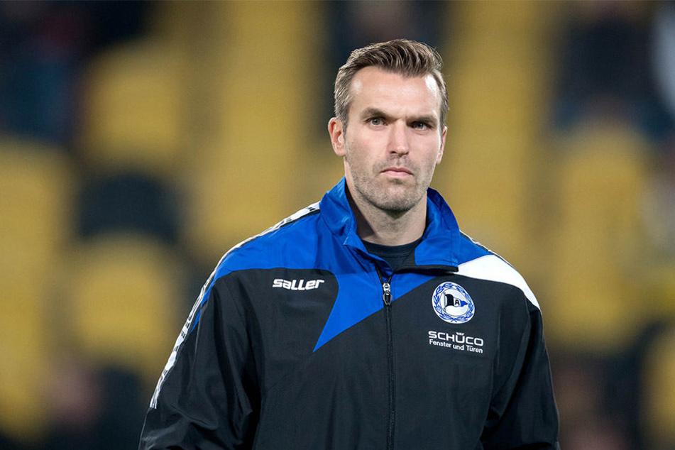 Ein Traum wird wahr: Interimstrainer Carsten Rump steht am Freitag das erste Mal als Chefcoach an der Seitenlinie in der SchücoArena.