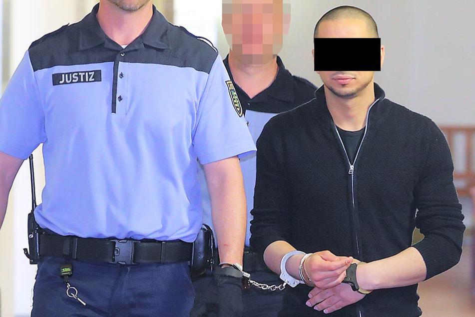 Detektiv verprügelt, Frauen bespuckt: Kaufhaus-Dieb muss in den Knast!