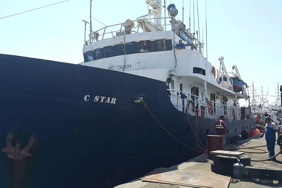 Die C-Star kehrt dem Mittelmeer den Rücken.