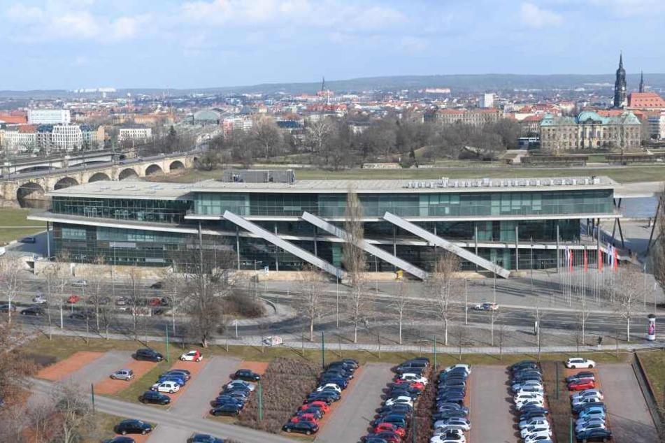 Das Internationale Congress Center (ICC) bekommt in den nächsten Wochen eine Photovoltaik-Anlage aufs Dach.