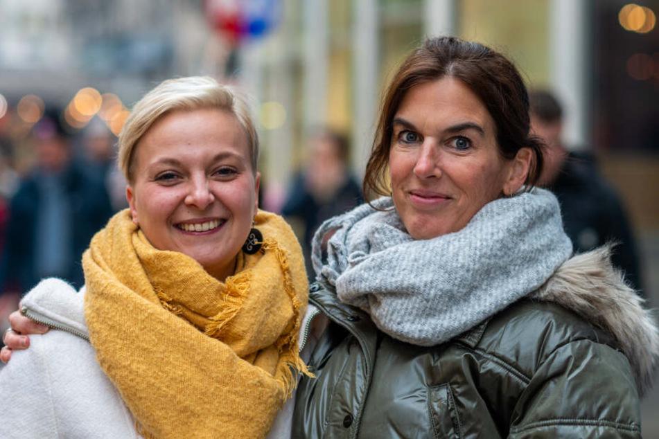 Susan Wienke (31, l.) und Mandy Willeke (48) waren zunächst skeptisch.