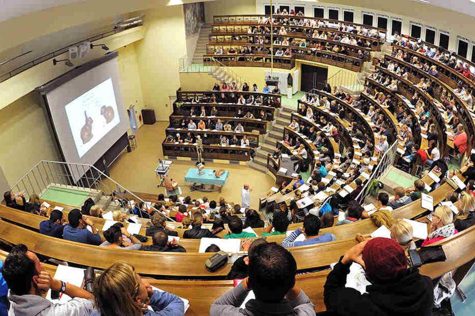 Hörsaal der Uni Leipzig: An Deutschlands Hochschulen gibt es kaum ostdeutsches Führungspersonal.