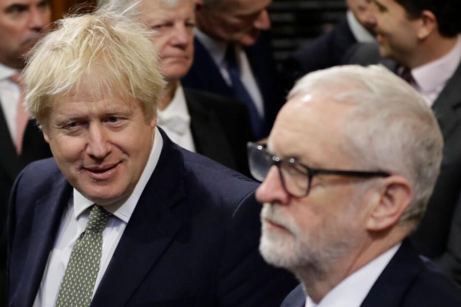Politische Erzrivalen: Boris Johnson (l.), Premierminister von Großbritannien, und Jeremy Corbyn, Vorsitzender der Labour-Partei.