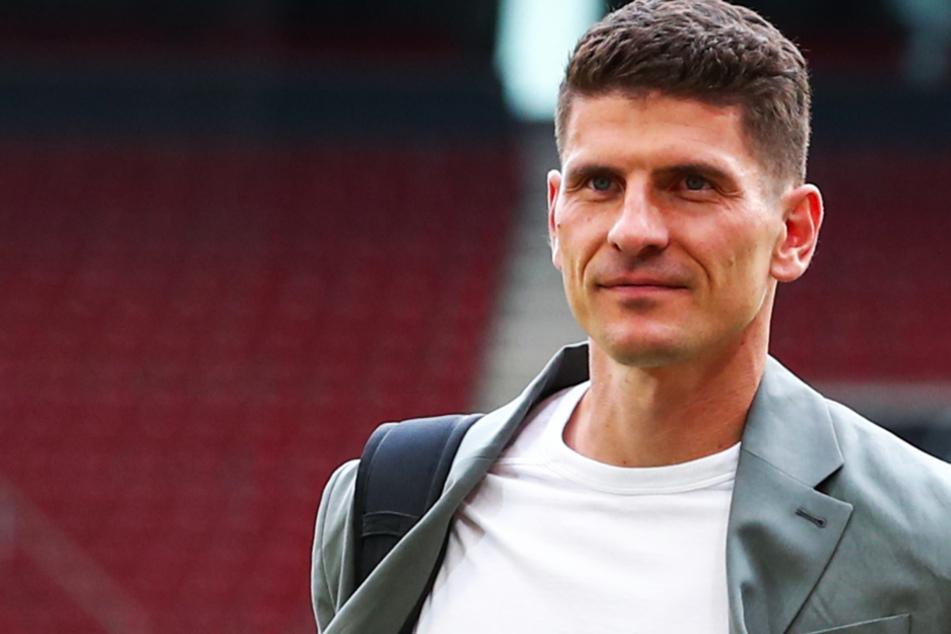 Mario Gomez (36) lässt eine mögliche Rückkehr zum VfB offen.