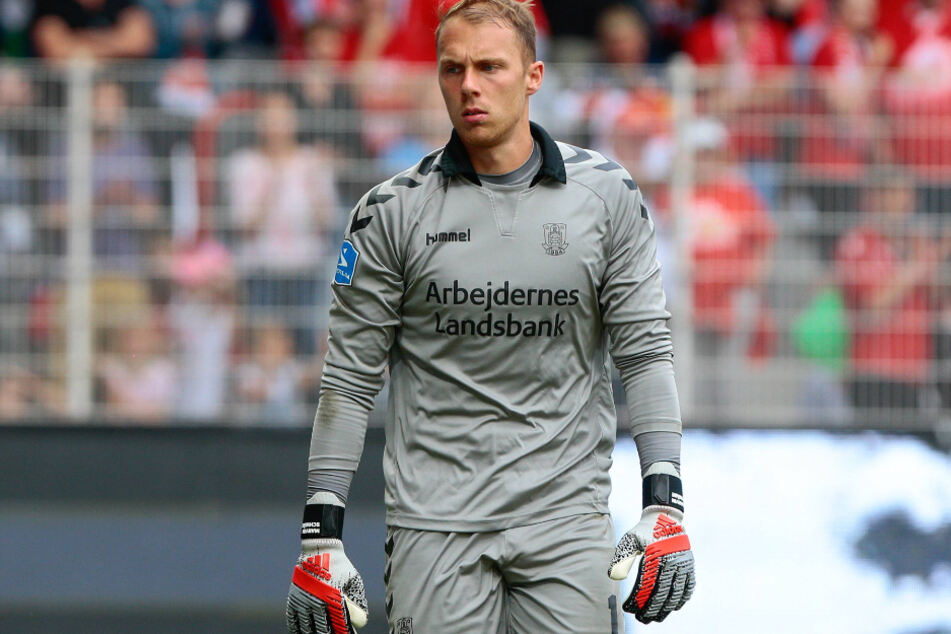 Wird als Alternative für Gregor Kobel beim VfB gehandelt: Marvin Schwäbe (25).