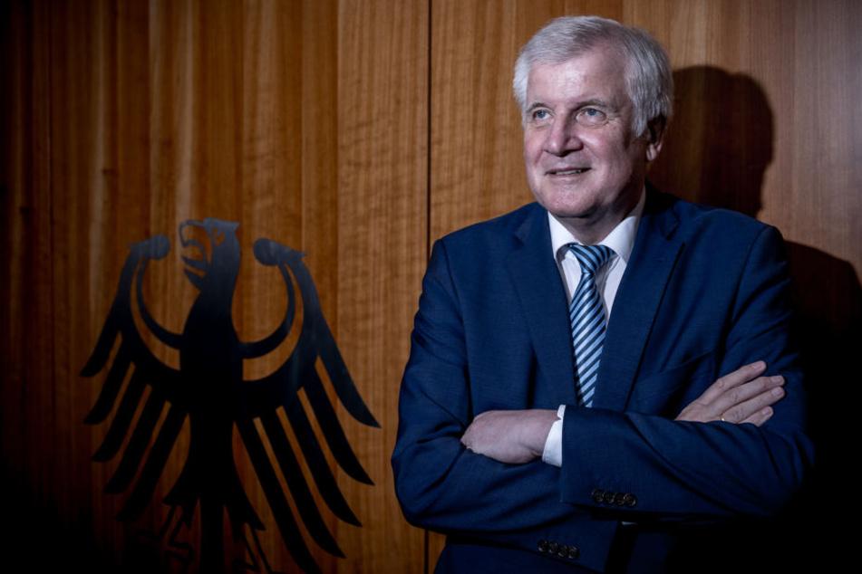 Innenminister Seehofer besucht am Montag die Mainmetropole Frankfurt.