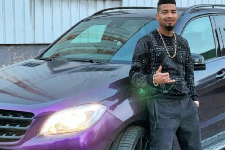 Bei Instagram zeigt sich Rapper Maxwell immer wieder stolz vor seinem Auto