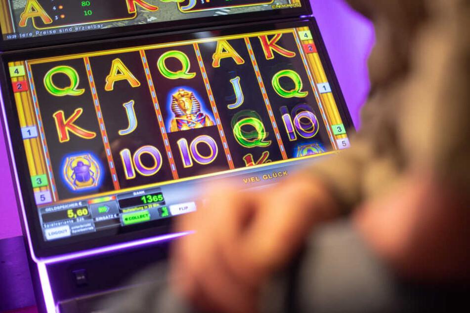 Das klassische Glücksspiel hat sich ins Internet verlagert.