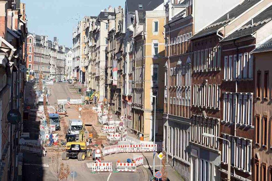 Ein Blick in die Zietenstraße: Bis Mitte Januar 2018 beherrschen hier noch Bagger und Bauarbeiter das Bild.