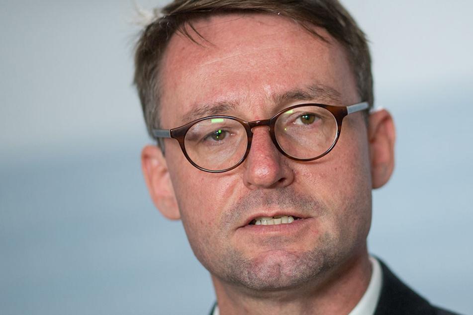 Schummel-Skandal an Polizei-Hochschule: Wöller fordert Aufklärung