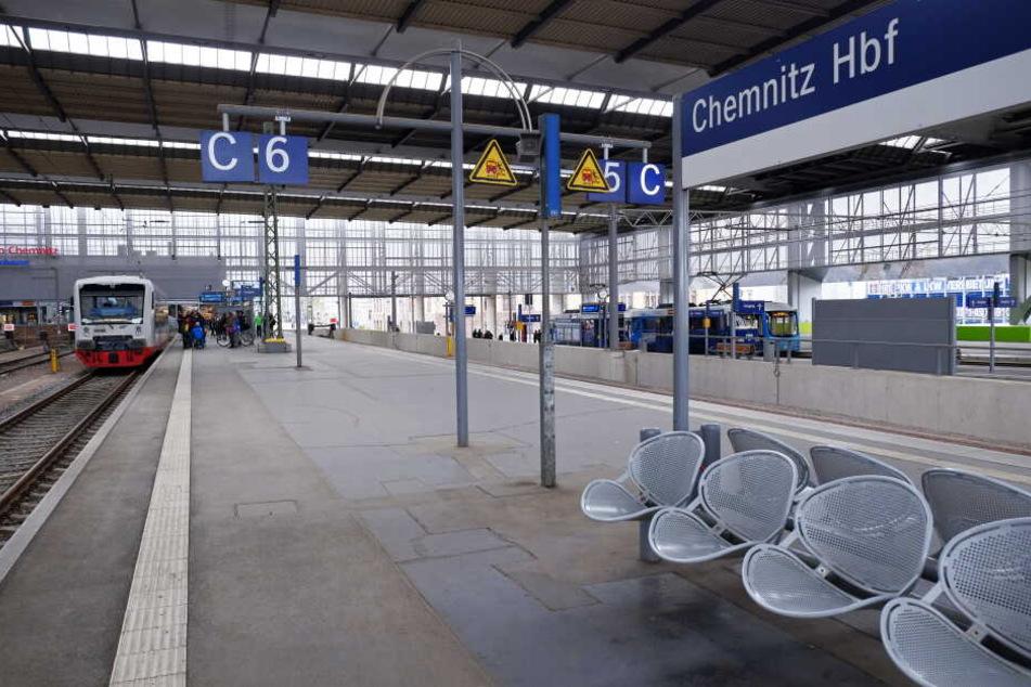Chemnitz hat keine Fernbahnanbindung.
