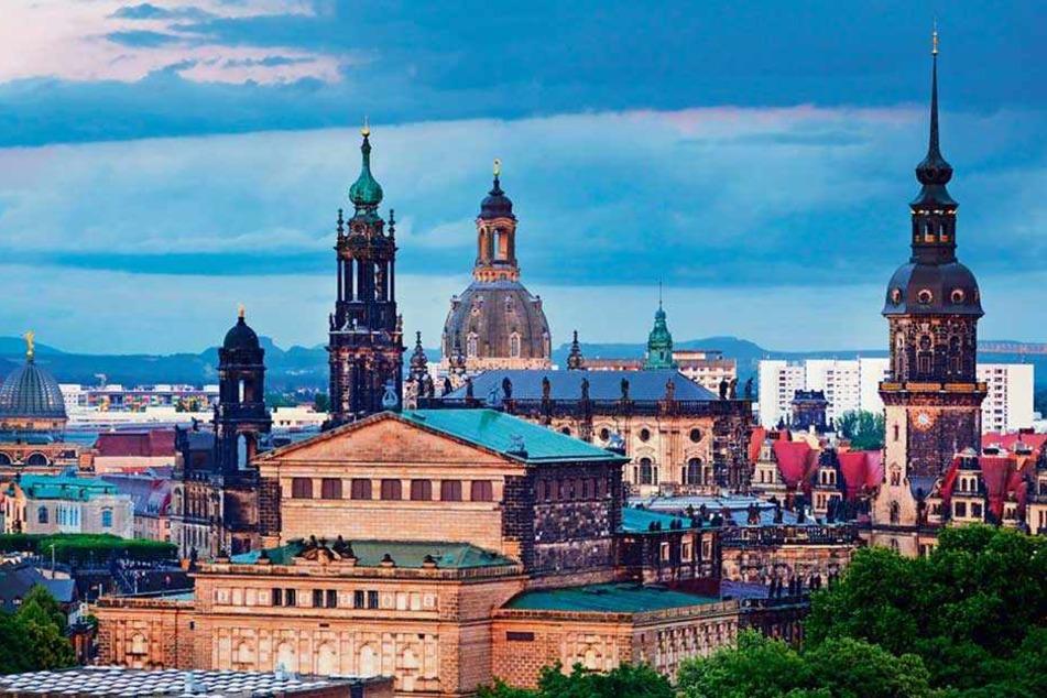 Die Dresdner Altstadt lockt jährlich tausende Touristen an. Nach Angaben von Airbnb wurden in der Elbestadt 2017 fast 50.000 Gästeankünfte gezählt.