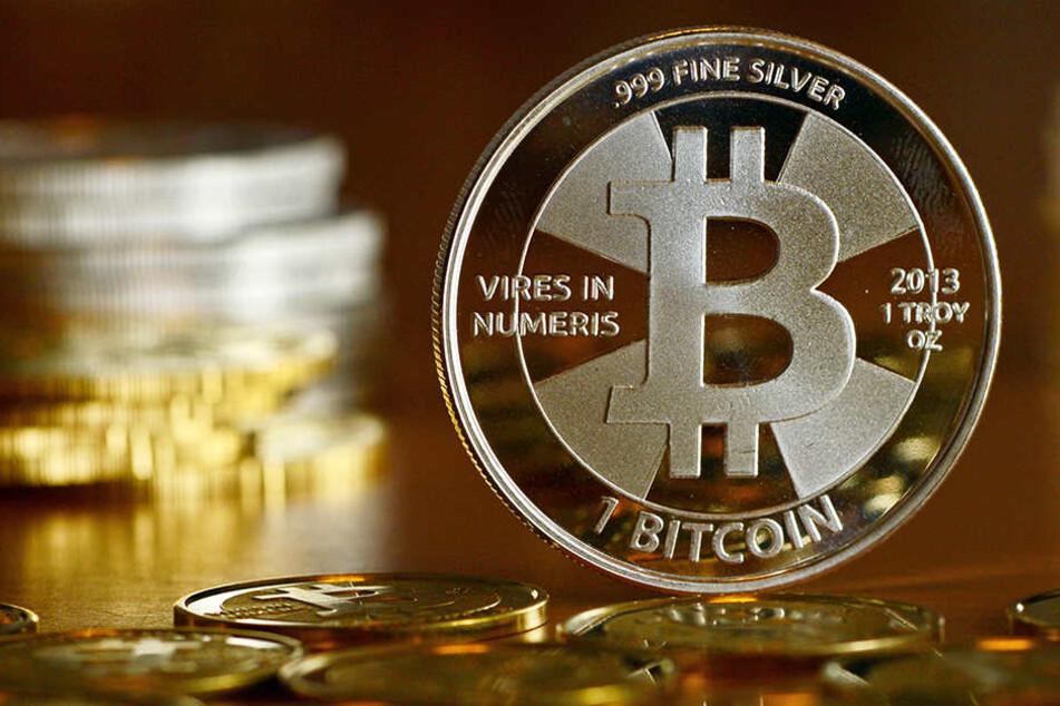 Der Bitcoin hat eine steile Karriere hingelegt - innerhalb kurzer Zeit verfielfachte sich der Wert der Krypto-Währung.