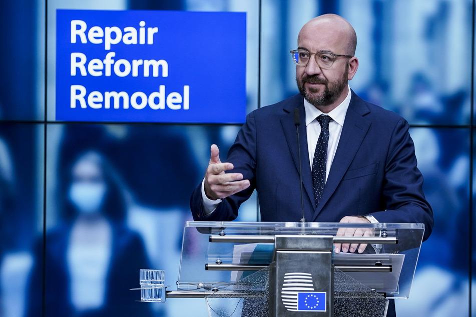 EU-Ratspräsident Charles Michel hat die Staats- und Regierungschefs zum Kompromiss im Streit über den Milliardenplan gegen die Corona-Krise aufgerufen.