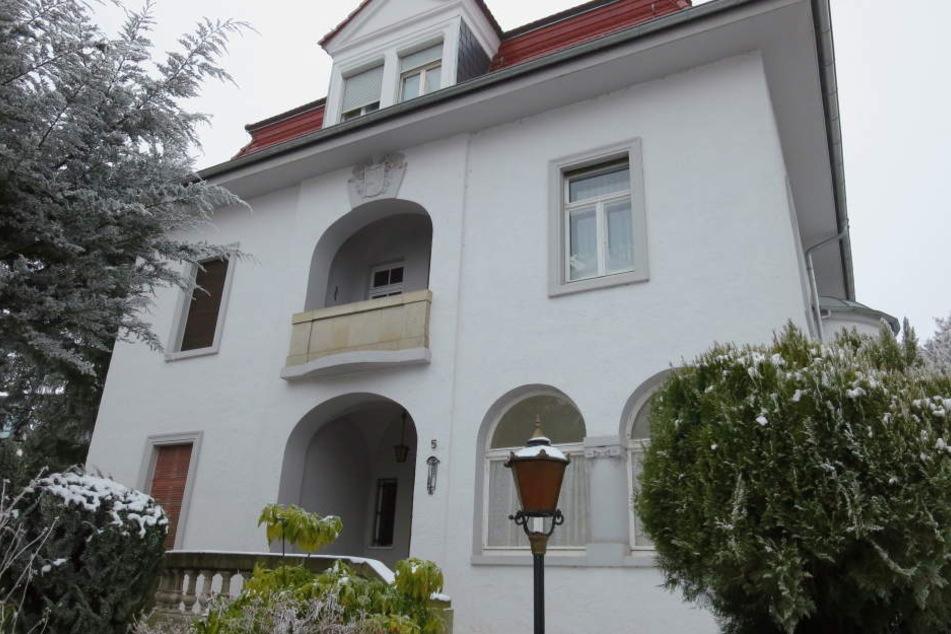 Die Villa der Millionärin. Hier wurde Edith A. von ihrem Physiotherapeuten mit einem Kissen erstickt.
