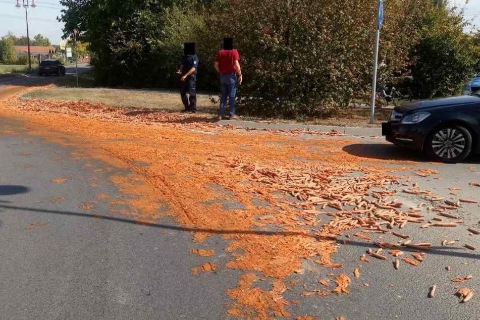 Die Fahrbahn war stellenweise komplett orange!