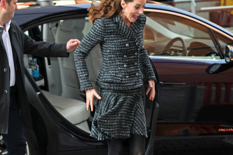 Herzogin Kate gerät für einen kurzen Moment in Panik.