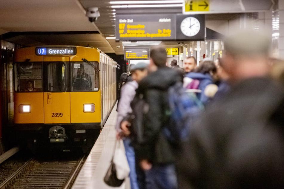 Die Gewerkschaft Verdi hat am Montag zum ganztägigen Streik bei den Berliner Verkehrsbetrieben aufgerufen (Symbolbild).