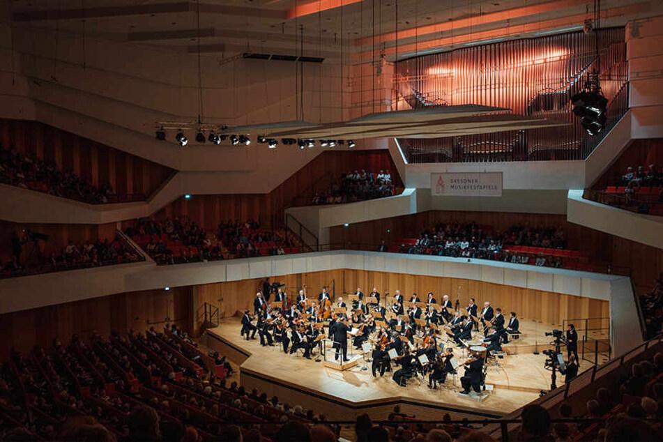 Der alte Festsaal wurde 2017 zum Konzertsaal mit bis zu 1800 Plätzen umgebaut.