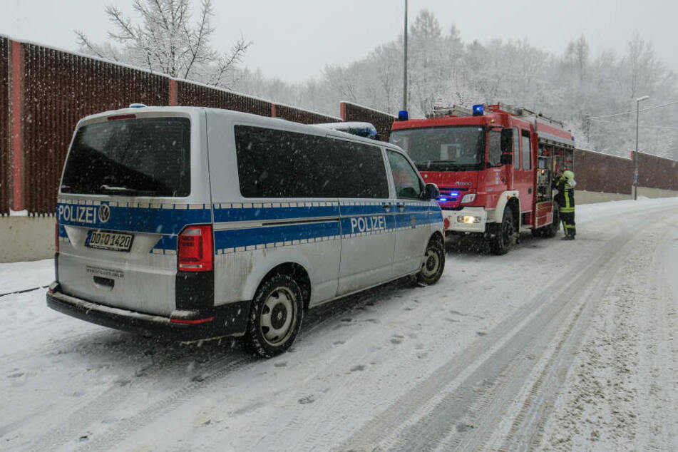 Polizei und Feuerwehr waren bei dem Unfall im Einsatz.
