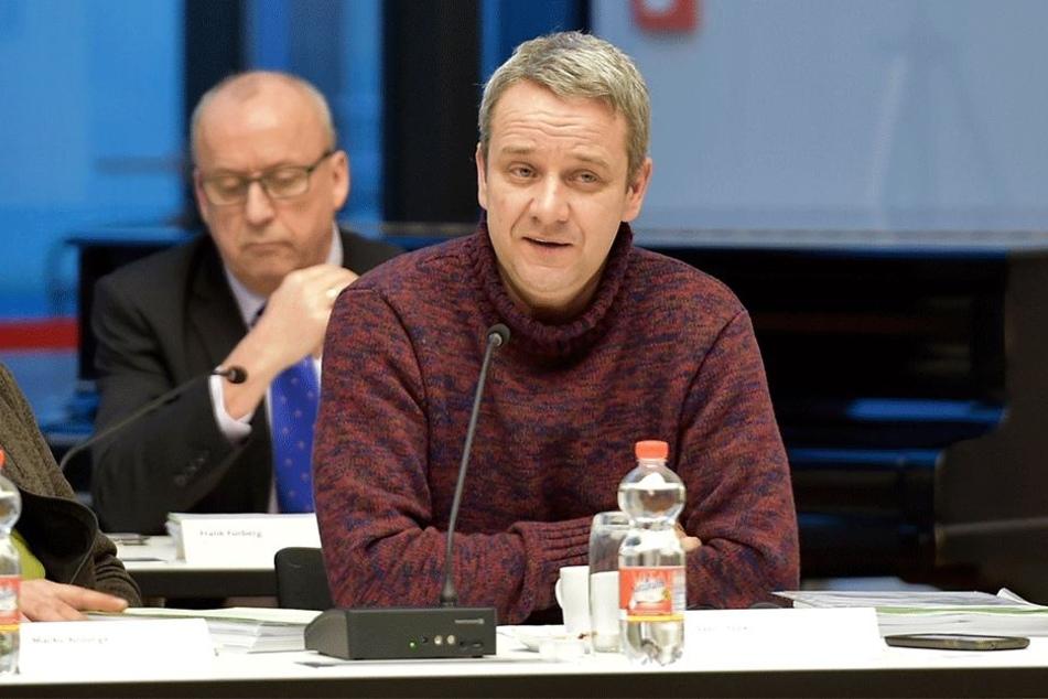 Sven Itzek (47), Chef der AfD-Stadtratsfraktion, warnt davor, die Zeit des NSU in Zwickau zu vergessen.