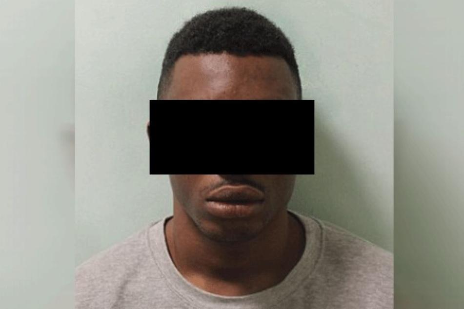 Omieke G. (22) auf einem Polizeifoto.
