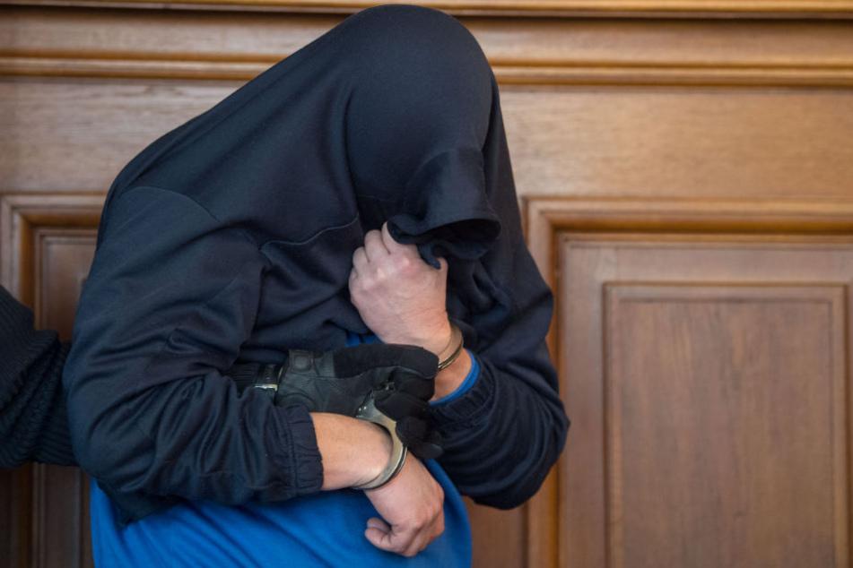 Der 41-Jährige gab vor Gericht an, wie ein Roboter gehandelt zu haben.