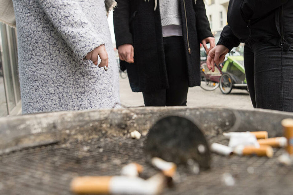 Ein japanisches Unternehmen belohnt nicht rauchende Mitarbeiter mit sechs zusätzlichen Urlaubstagen.