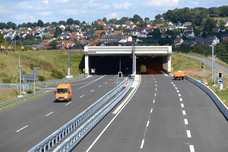 Hinter dem Tunnel Neuhof passierte der Unfall. (Symbolbild)