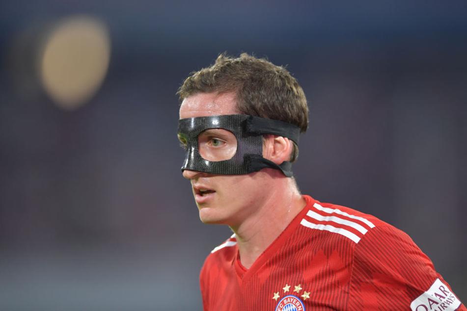 Mittelfeldspieler Sebastian Rudy hatte sich beim 2:1-Sieg bei der WM gegen Schweden einen Nasenbeinbruch zugezogen und spielt seitdem mit Maske. Sein Wechsel zu RB Leipzig ist nahezu fix.