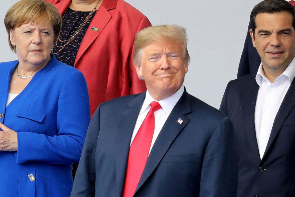 Merkel, Trump und Tsipras vor Beginn des Nato-Gipfels.