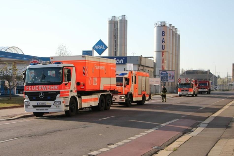 In einer Metallfirma in Böhlitz-Ehrenberg hat es am Dienstagmorgen gebrannt.