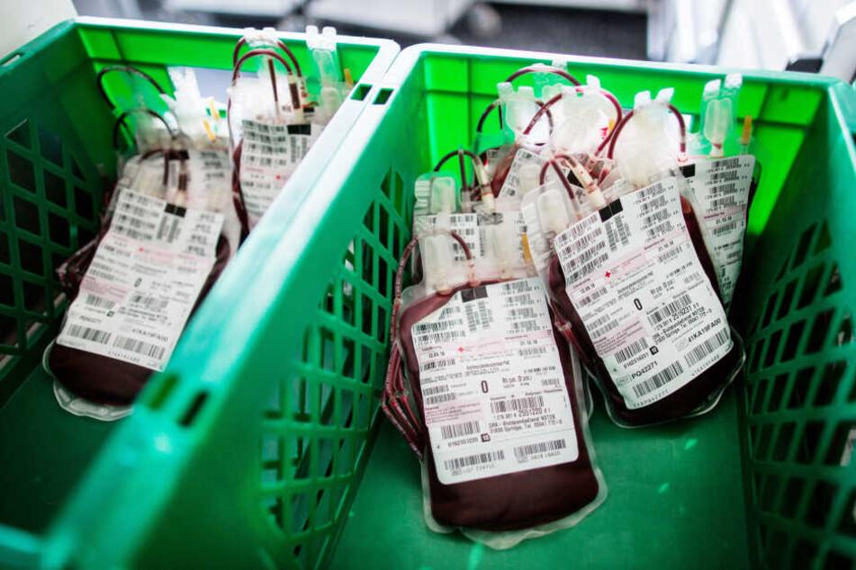 In den vergangenen Tagen gab es laut dem DRK deutlich weniger Blutspenden in NRW.