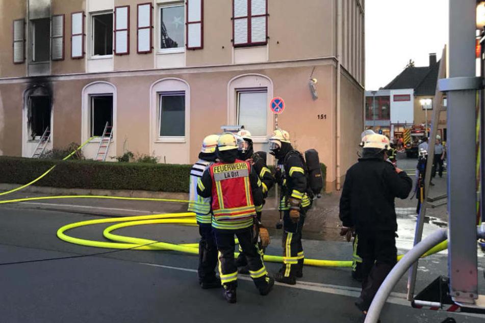 Gegen 21 Uhr wurde die Feuerwehr in die Blechstraße gerufen.