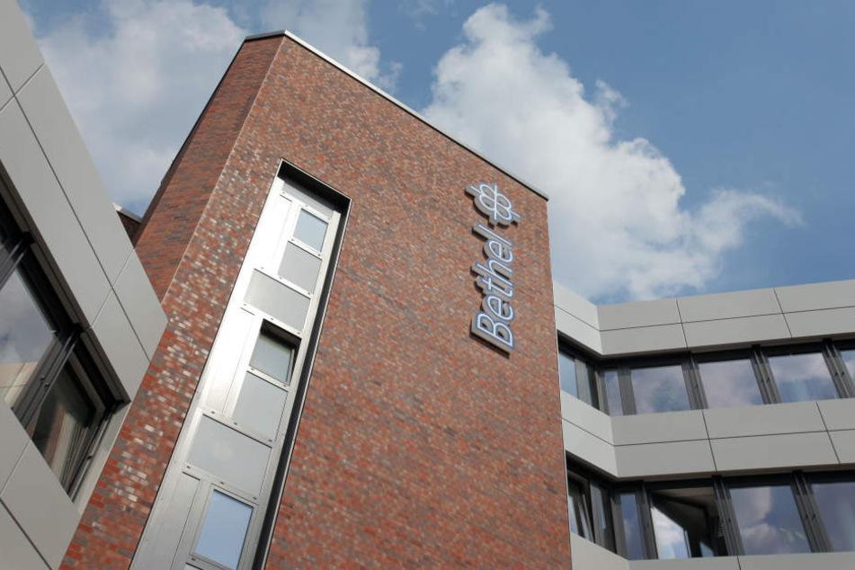 Haben die Bielefelder v. Bodelschwinghschen Anstalten Bethel Medikamente an Heimkindern getestet?