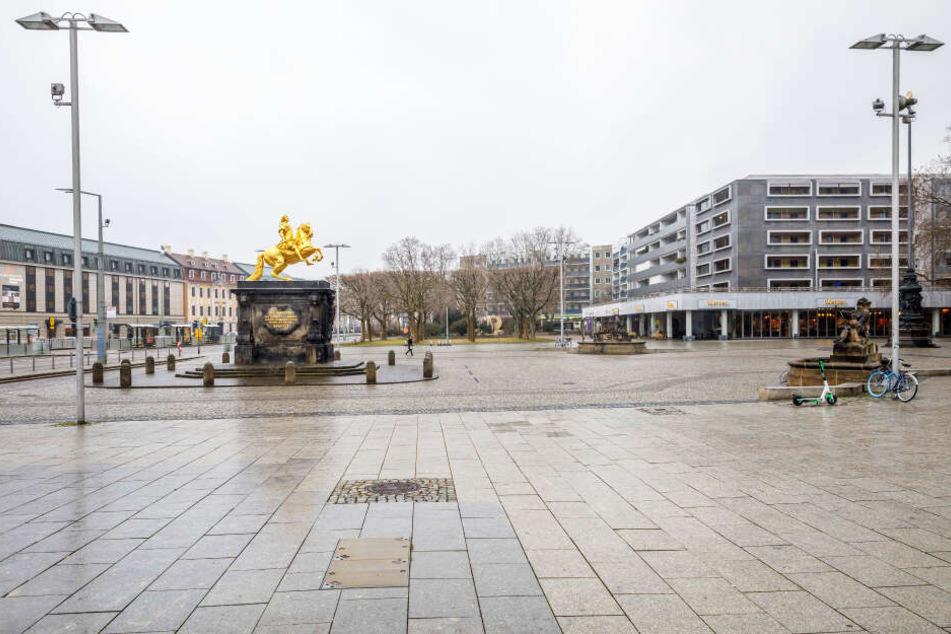 Ein alternativer Standort wäre der Neustädter Markt, neben dem Goldenen Reiter.
