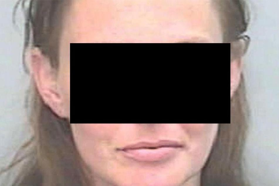 Kimberly W. (36) nutzte die Gutmütigkeit der Frau brutal aus.