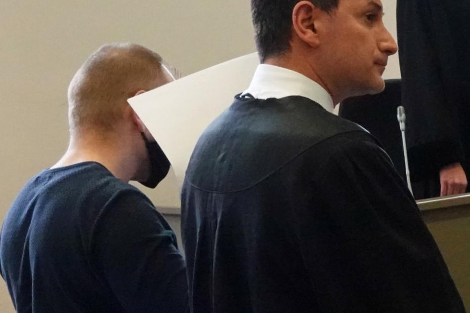 Nachbarin (22) mit Fußtritten getötet: Urteil für Mörder gefallen!