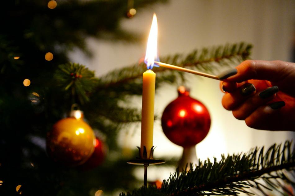 Advent, Advent, der Christbaum brennt! 6 Tipps der Feuerwehr zum Brandschutz