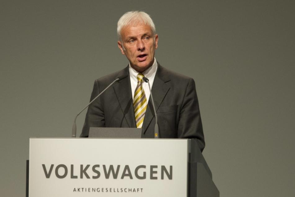 VW-Boss Matthias Müller plant den Abbau von 30.000 Stellen bei VW.