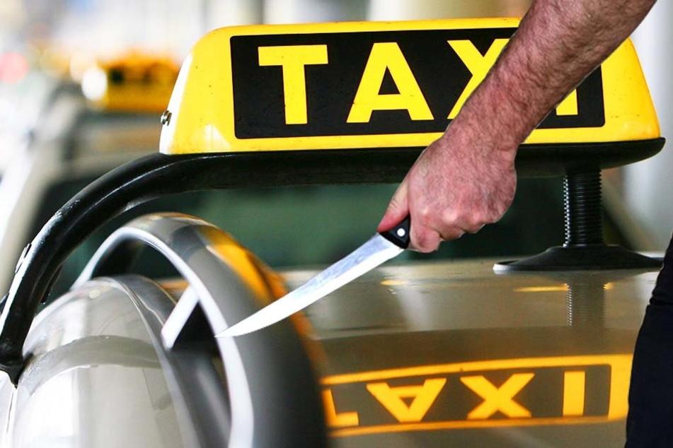 Was für ein dreister Dieb! Erst klaut er ein Taxi, fährt das zu Schrott und bedroht anschließend eine alte Frau.