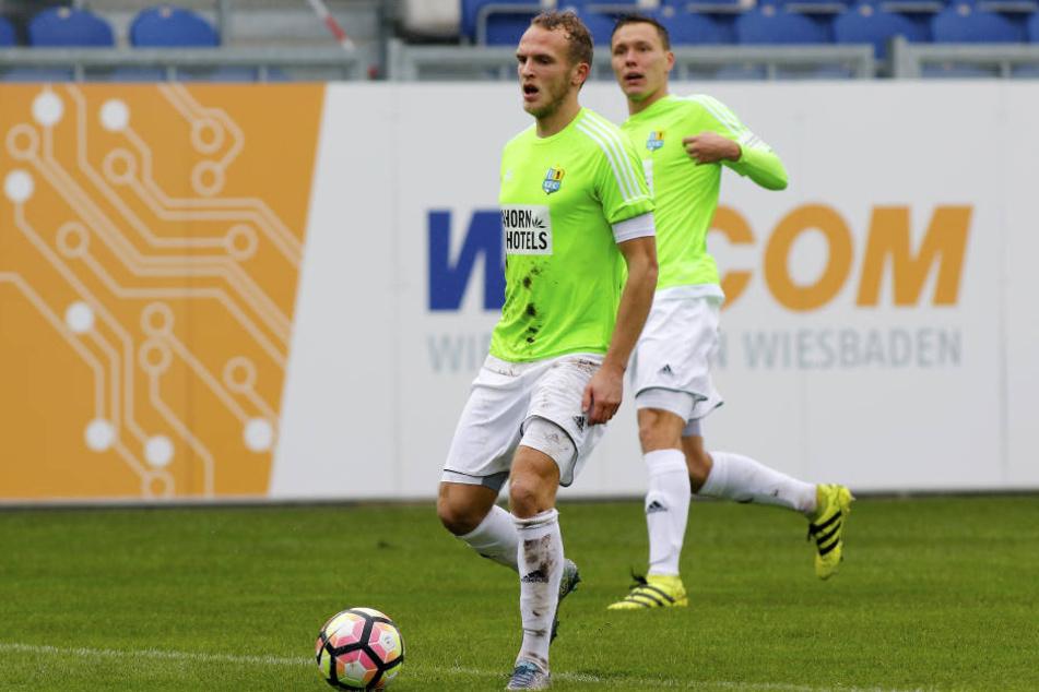 Julius Reinhardt spielte gegen Wiesbaden in der Innenverteidigung.