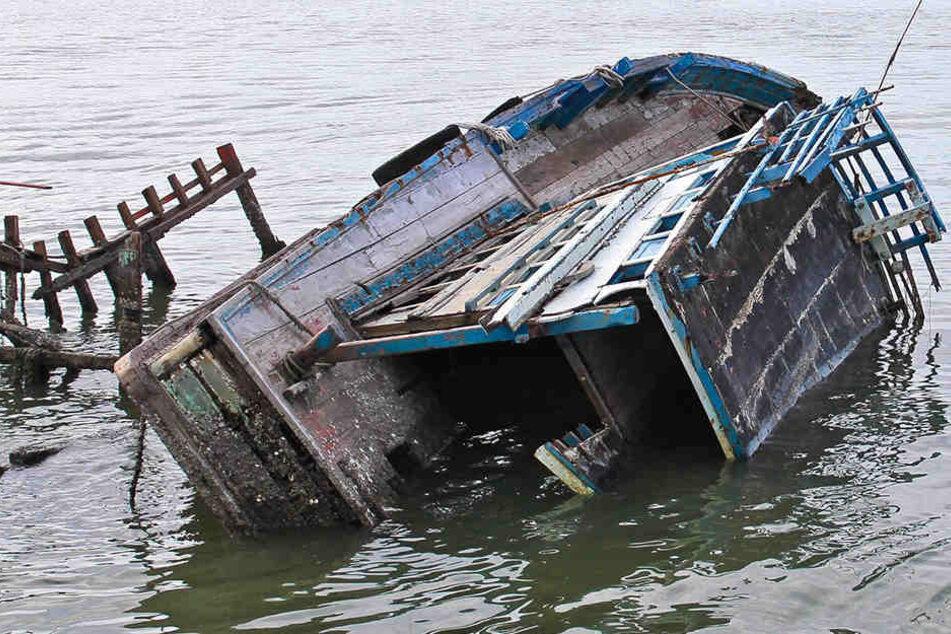 Das Boot sank nach einem Sturm. (Symbolbild)