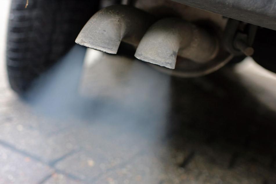 Die Abgasbelastung in Deutschland wird immer höher, im Visier stehen alte Dieselfahrzeuge.