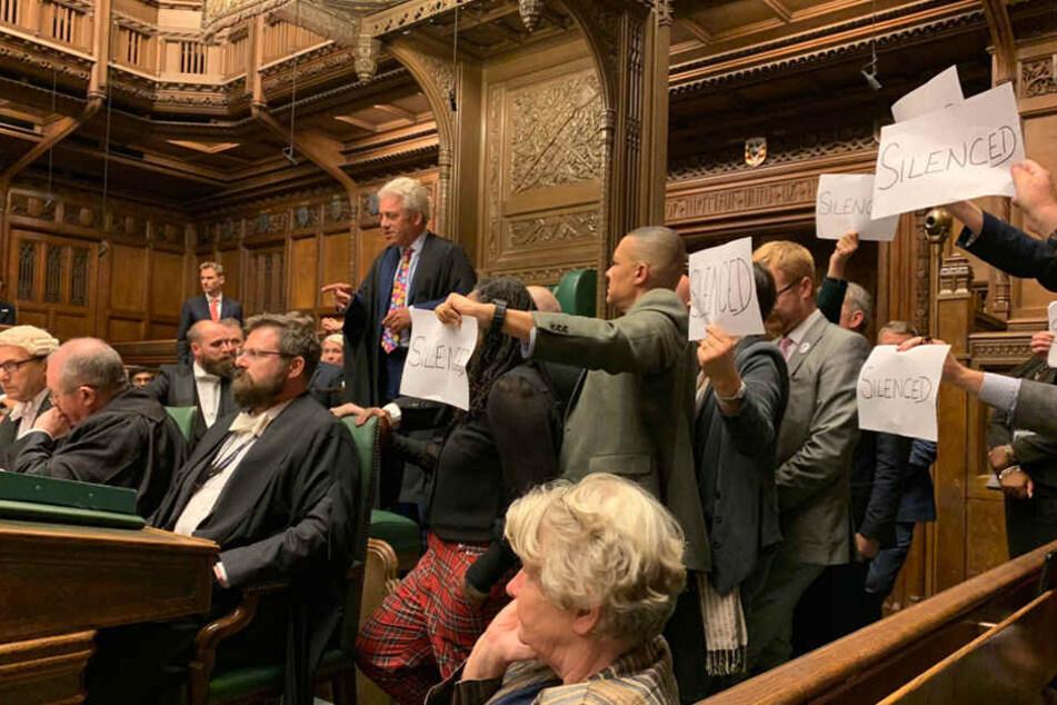 Tumultartige Szenen bei Parlamentsschließung in London