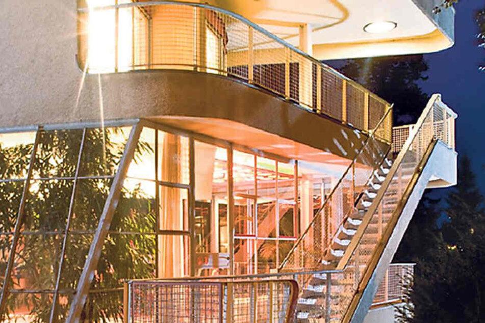 """Das Löbauer """"Haus Schminke"""" liefert die Kulisse für das Wohnzimmerkonzert."""