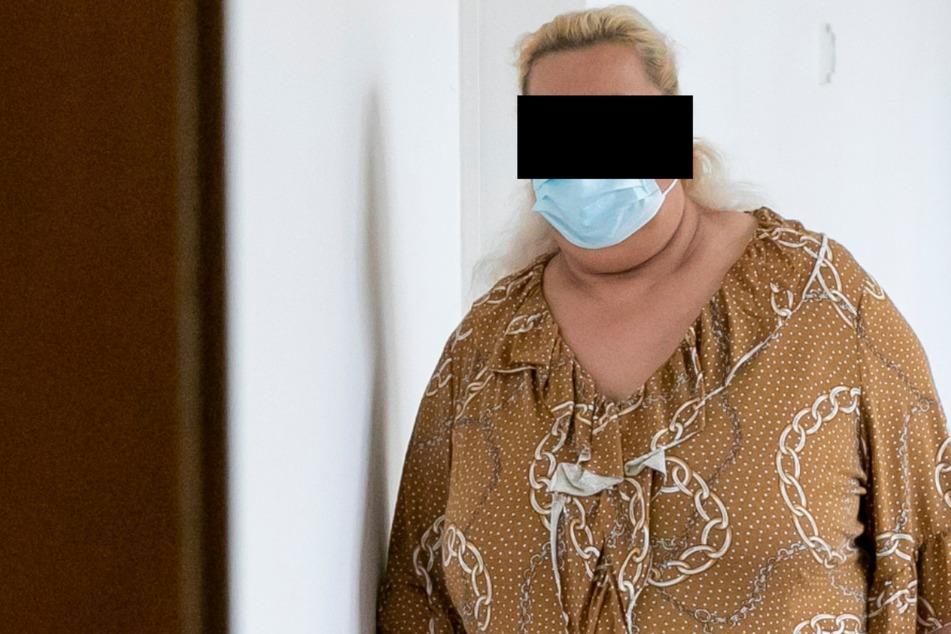 Rentner um 4300 Euro erleichtert: Vorsicht, wenn diese Frau bei Euch klingelt!