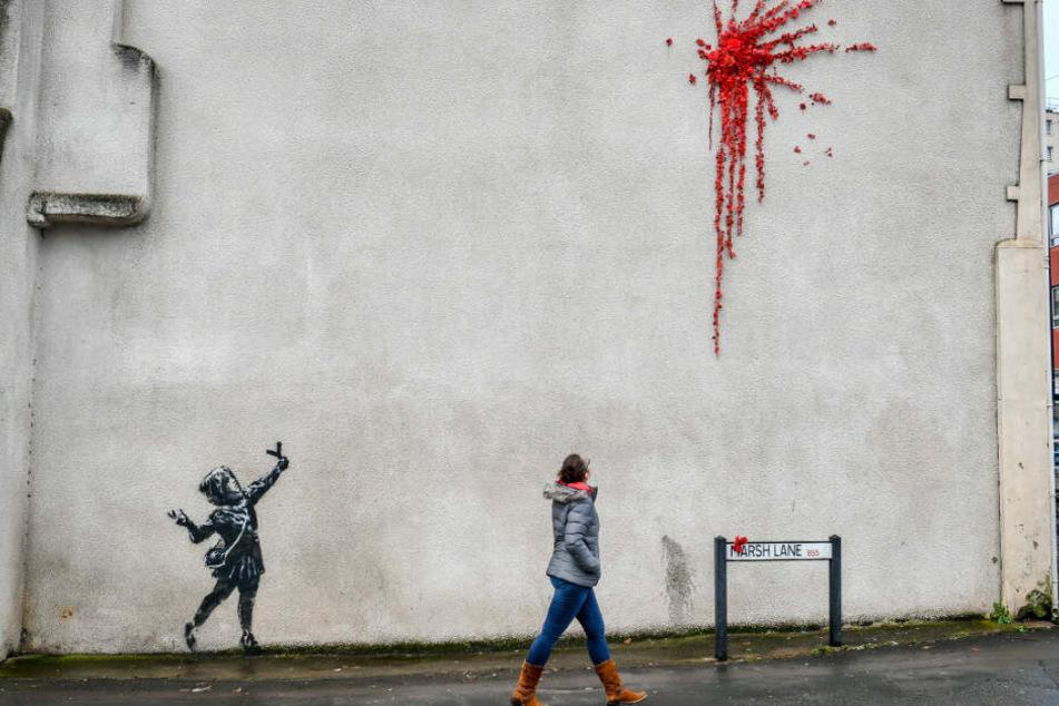 Pünktlich zum Valentinstag hatte Banksy seiner Heimatstadt Bristol ein neues Werk beschert.