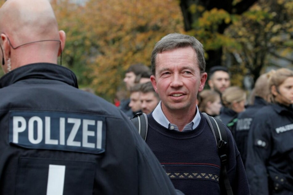 AfD-Gründer Lucke: Uni und Verbände nach Krawall-Vorlesung in großer Sorge